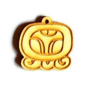 Maya amulet OPICA 1